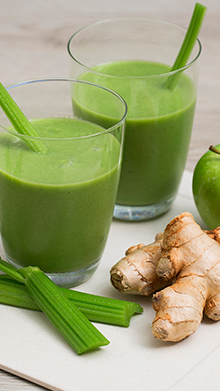 Green Apple, Celery & Ginger Smoothie